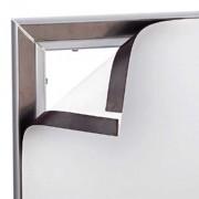Dank Magnetmechanismus ist die Grafik am Magnet Frame leicht anzubringen und auszutauschen.